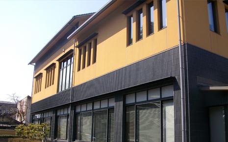 兵庫県豊岡市豊岡図書館本館