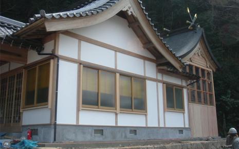 絹巻神社 本殿改修工事